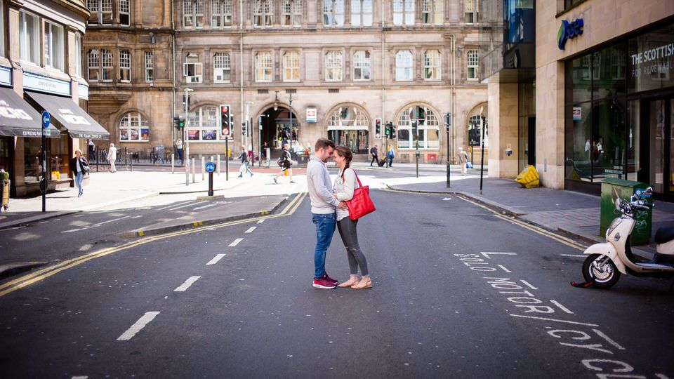 Catriona and David's pre-wedding Pictures in Glasgow