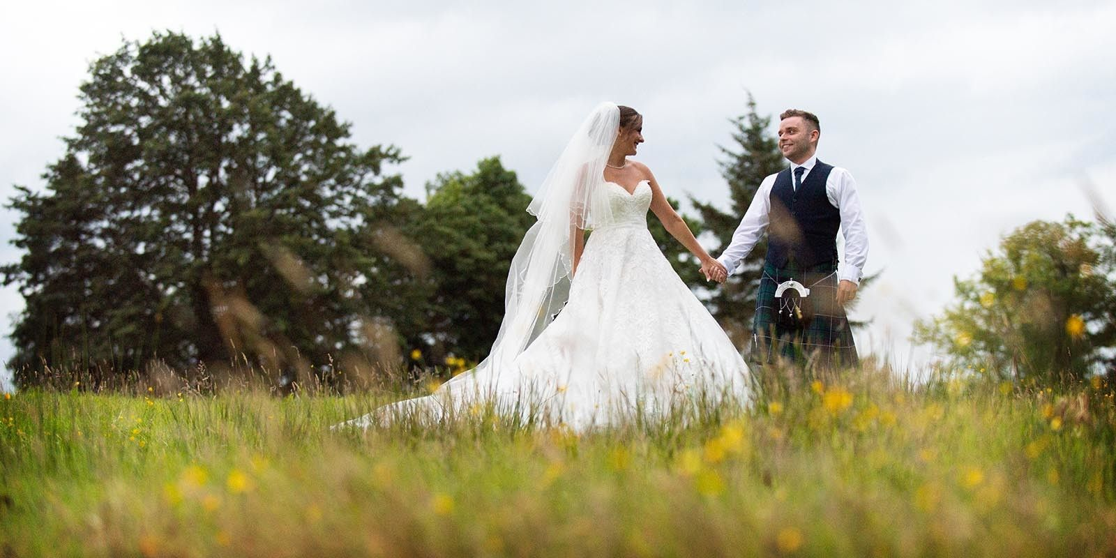 Beautiful and natural moments from weddings captured by Ian Arthur Wedding Photography
