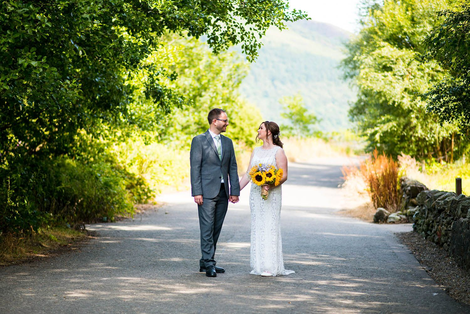 A beautiful summer wedding with Lynsey & Richard's at Stuckgowan House on Loch Lomond