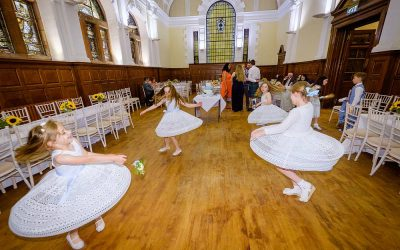 Flowergirls on the Dance Floor