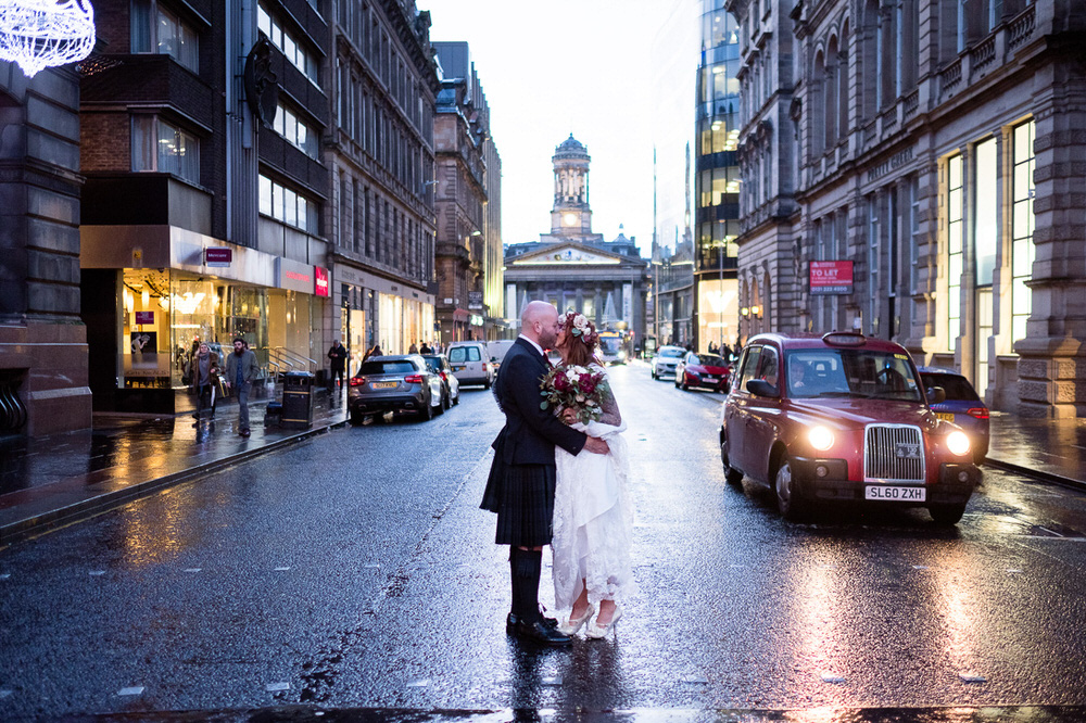 Jennifer & Dominic's Wedding at the Corinthian Club Glasgow